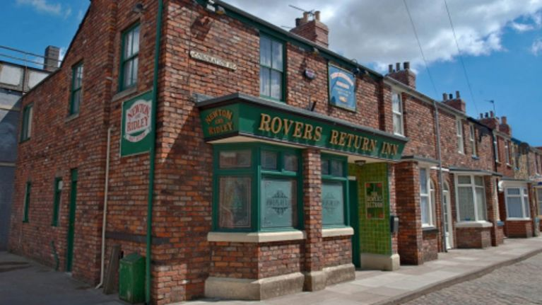 Ex-Coronation Street star set to make a shock return after 14 years