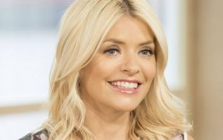Holly Willoughby is wearing the wedding dress of our dreams on Dancing On Ice
