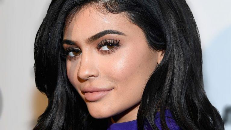 dramatic eyelashes, Kylie Jenner