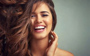 Yes! The completely natural beauty hack to tackle dandruff