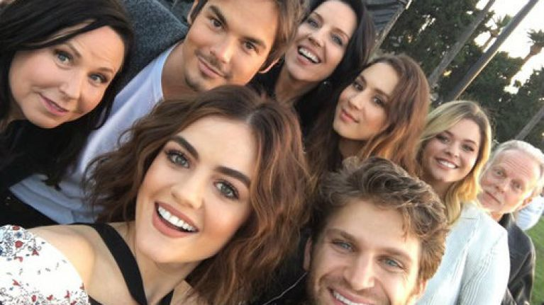 The Pretty Little Liars cast had a reunion and all the best