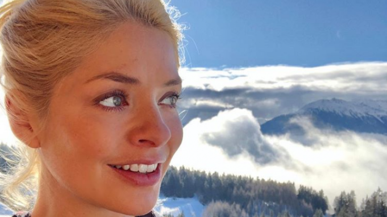 We're not really loving Holly Willoughby's outfit choice today