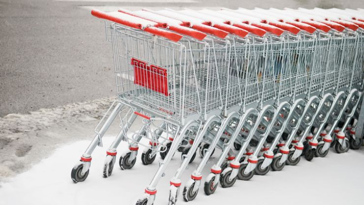 What times are supermarkets opening for the Bank Holiday weekend?