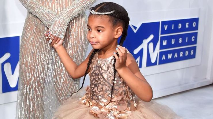 Blue Ivy bidding $19,000 for a piece of art is the definition of extra