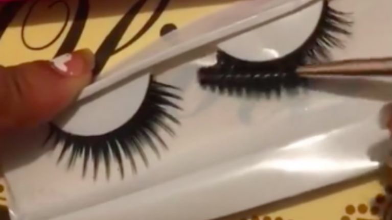 This Muas Hack For Making Cheap Lashes Look Like Mink Ones Has Us