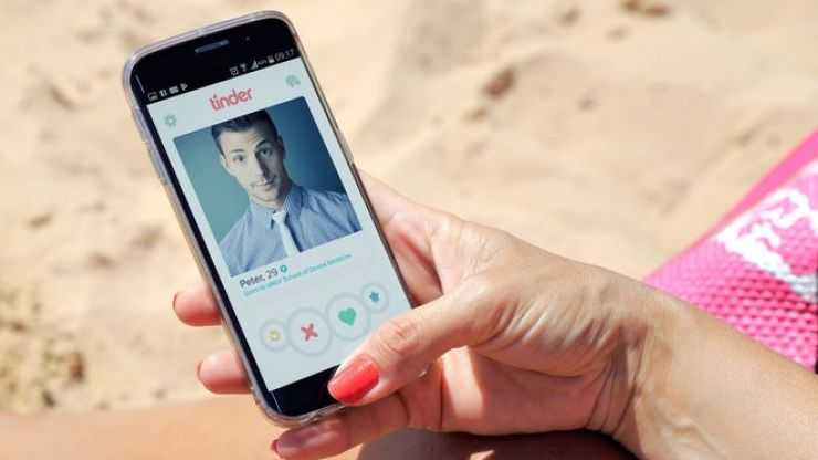 Tinder's most right-swiped man of 2017 is an actual model, so that's cool