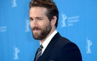Ryan Reynolds vows to make wish of terminally ill young Marvel fan come true