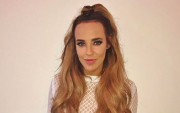 Fans jump to Stephanie Davis' defence after she is accused of photoshop