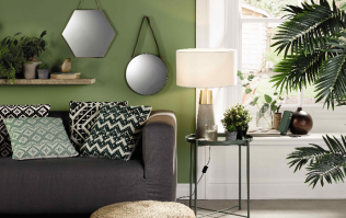 This chic €10 hanging mirror from Aldi will update any room in your house