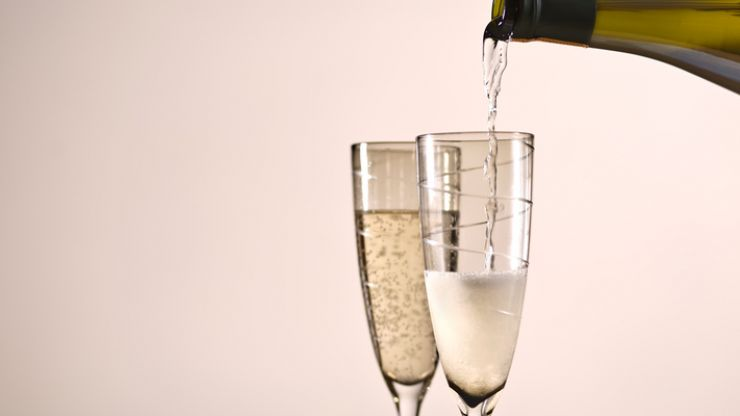 Ever wondered what Prosecco the colour looked like? Now you know