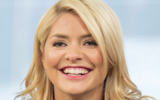 Fans are going wild for Holly Willoughby's affordable Topshop dress