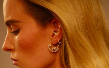 This piercing is becoming a serious trend in Ireland and it's SO pretty