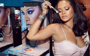 'We Found Love' in Rihanna's GLOWING new makeup tutorial.