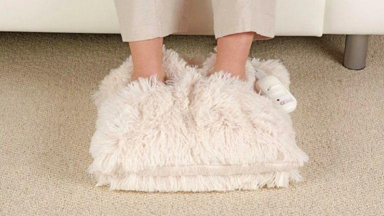 This electric foot warmer is going to save us during this awfully cold weather