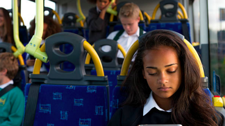 The thoughtful thing one boy did when a girl started her period on the school bus