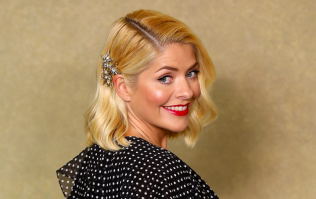 We're in LOVE with Holly Willoughby's €55 skirt from her latest M&S edit