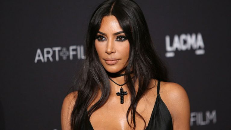 Kim Kardashian just dyed her hair cherry red, and she looks unreal