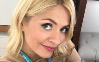 Holly Willoughby just wore the most beautiful €72 midi dress from Warehouse