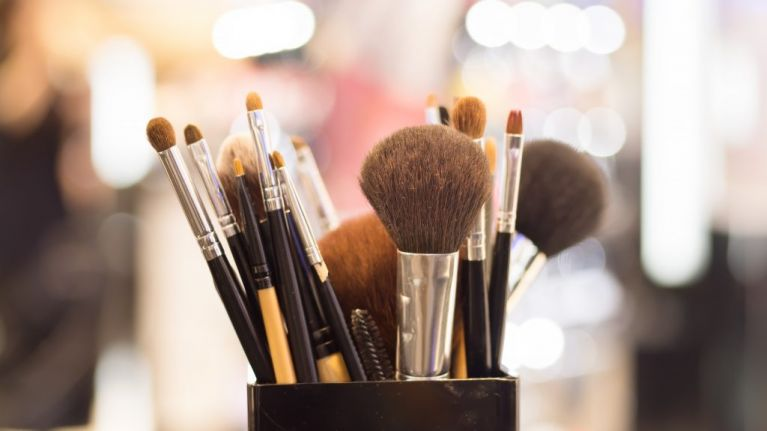 This simple make-up brush cleaning hack will save you SO much time