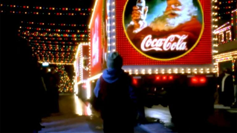 Coke Christmas Ads.People Are Seeing The Coca Cola Christmas Ad For The First