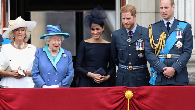 Body language expert notes one difference between Meghan and the rest of the royal family