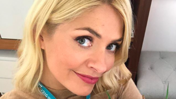 'Even Holly is struggling to make this look good' - fans didn't hold back on Holly Willoughby's latest look