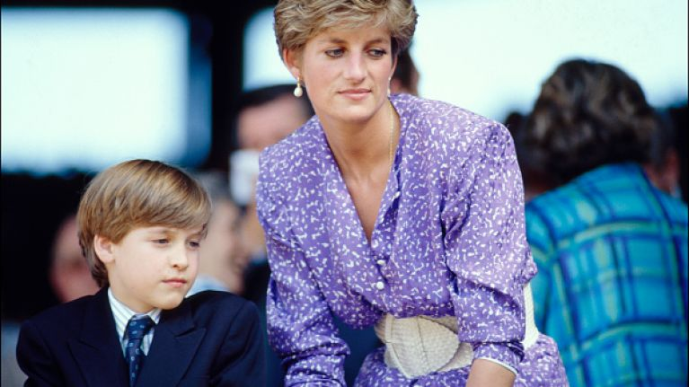 You need to see this rude (and GAS) birthday card that Princess Diana sent her accountant