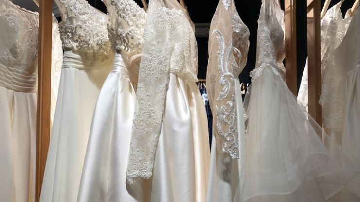 Mother of the groom slammed after showing up to son's wedding in bridal gown