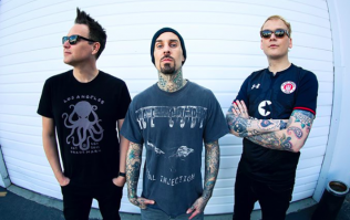 People are arguing over how to pronounce Blink-182 and sorry, wha?