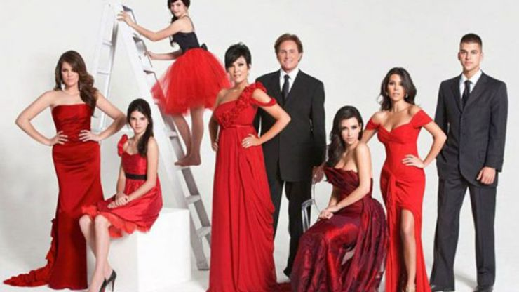 1991-2019: The evolution of the ICONIC Kardashian Christmas card