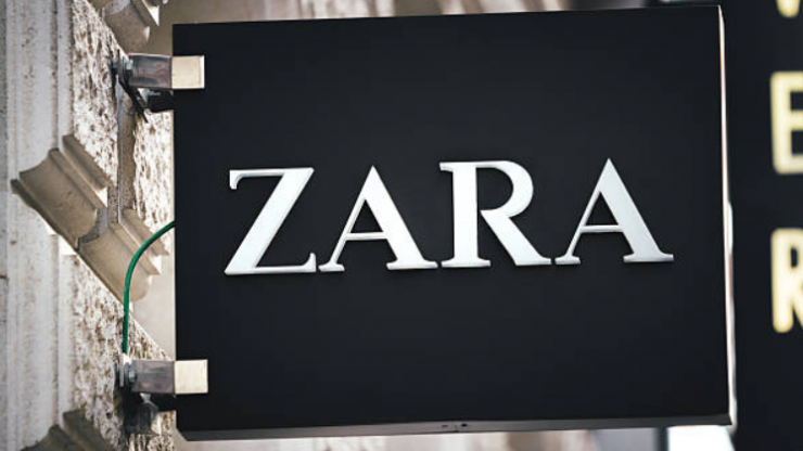 This €159 Zara coat just made it onto one of Vogue's must-have lists