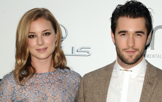 Revenge's Emily VanCamp and Josh Bowman just got married and her dress was a DREAM