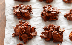 Leftover chocolate? These honeycomb cornflake bites take literally FIVE ingredients