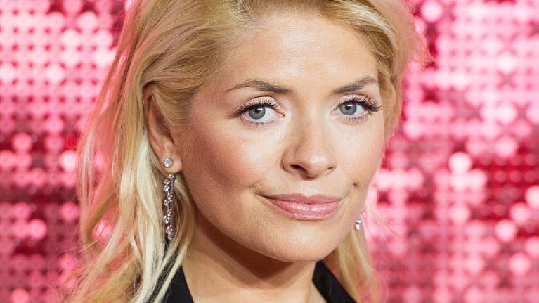 Holly Willoughby just wore the most stunning €112 midi skirt from Next