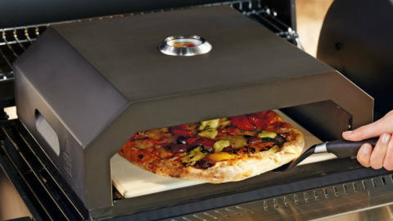Aldi is selling an BBQ pizza oven for €50 and we need it for summer nights in