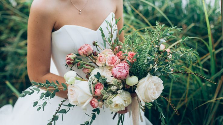 This is the BEST date for a wedding in 2020, according to an astrologer
