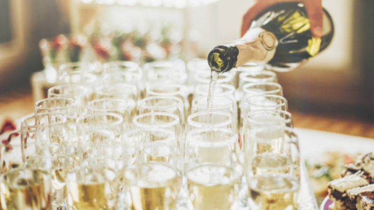 Bride asks if it's rude to skip open bar at her wedding and people weren't happy