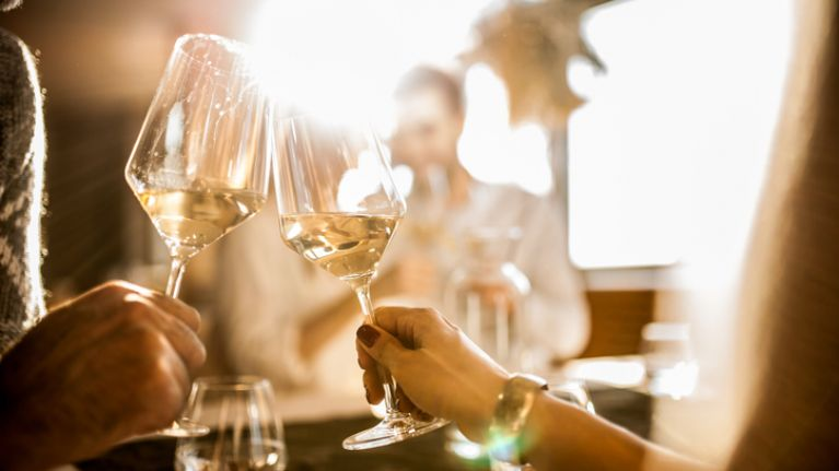 Drinking wine can help prevent a sore throat and dental plaque, says study