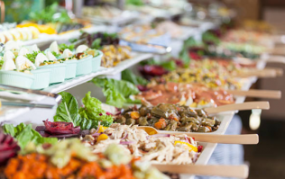 Wedding guest fills 10 lunch boxes with food from buffet and the bride is FUMING