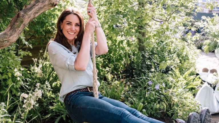 Everyone is saying the same thing about the latest photo of Kate Middleton in her garden