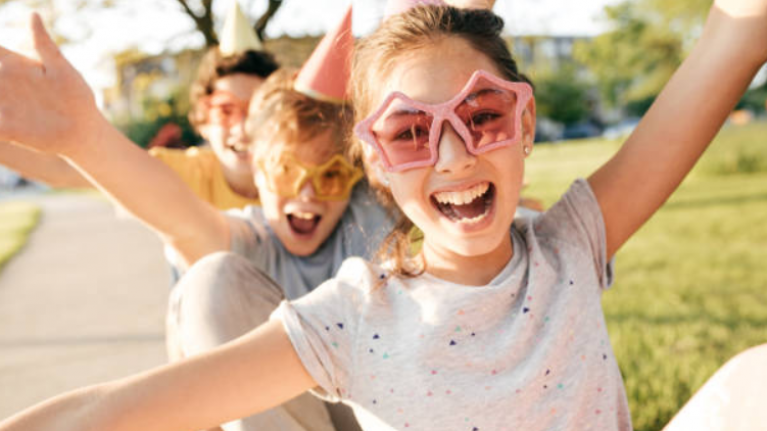 13 tiny (but important) lessons kids can teach us about being happier