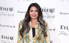Scarlett Moffatt shares the photos that left her unable to leave the house over body-shaming