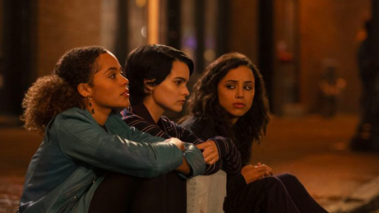 Netflix's Trinkets looks set to be lovely, easy, female friendship-focused viewing