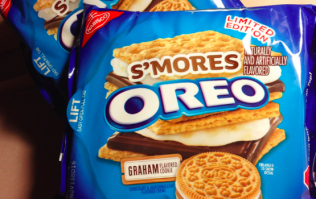 This Irish candy shop is now selling Oreo S'MORES and they look to die for