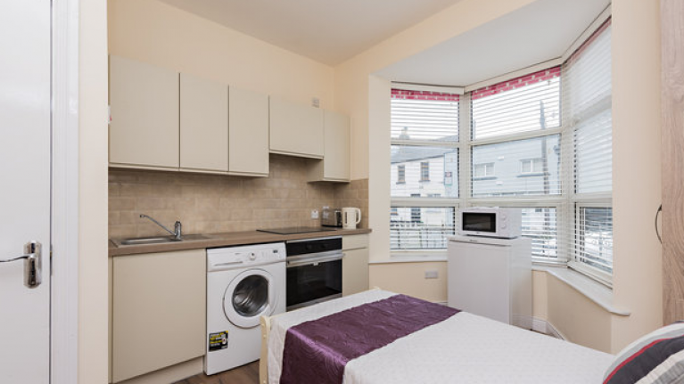 This studio room in Dublin went for €750 per month and it's an absolute disgrace