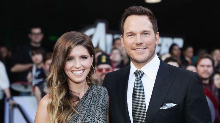 Katherine Schwarzenegger married Chris Pratt yesterday, and her dress was STUNNING