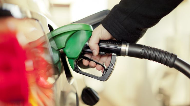 The AA issue advice on how to avoid high petrol prices