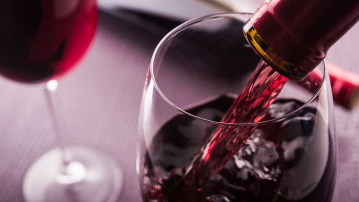 Buying wine for someone this Christmas? Here are some really important tips