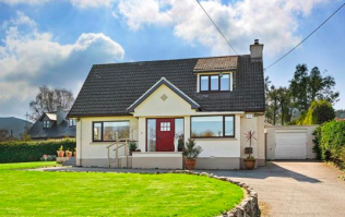 This little Wicklow house is for sale and looks totally different on the inside
