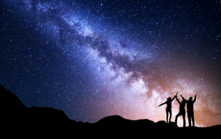 You only have 8 days left to WIN a breathtaking stargazing trip for you and your mates